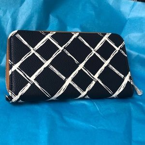 Navy & white faux leather wallet clutch NEW
